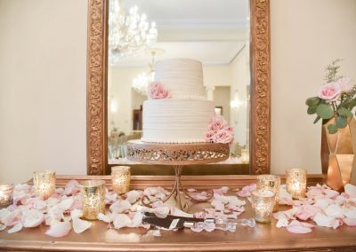 Southern Graces Styled Shoot at Brockington Hall in Savannah, GA | Photography by Nichole Barrali